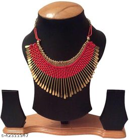 Trendy designer tread work necklace