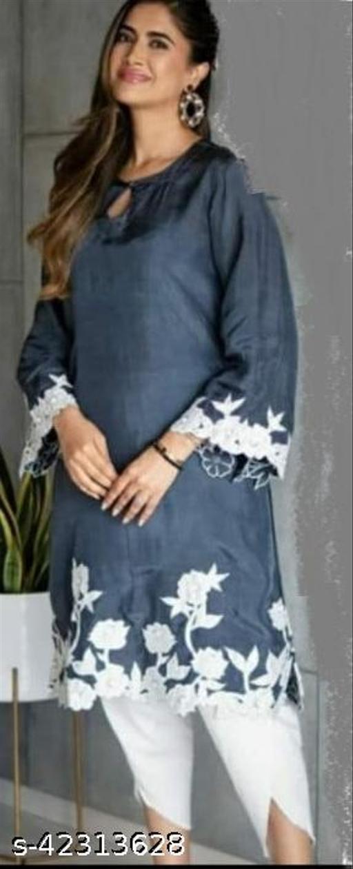 Fancy women kurta sets