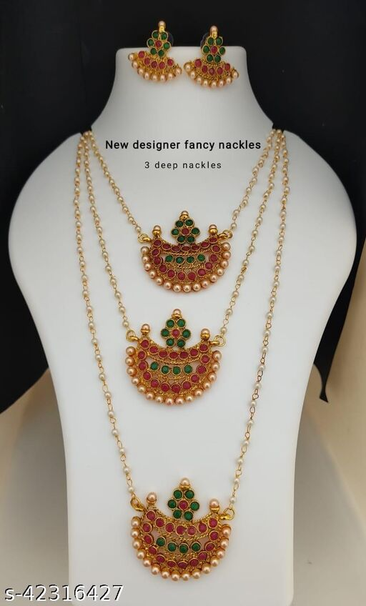 Elite Graceful Women jewellery set
