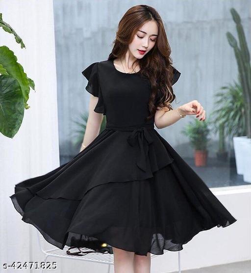 Women Solid Black Knee length Georgette Dress