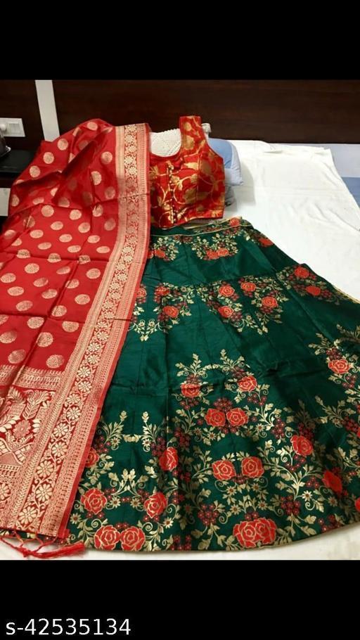 Madhi Banarasi brocade Lehnga and ready paded Blouse with Banarasi duppta FOR YOU ONLY