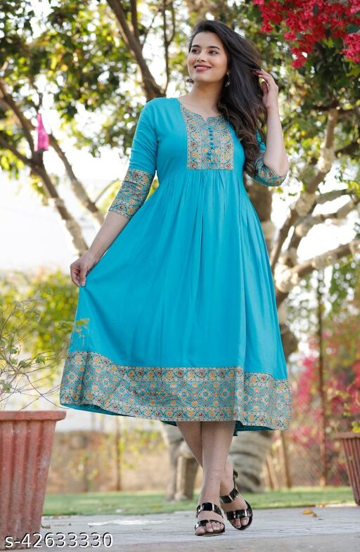 Kashvi Pretty Kurtis