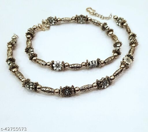 Sizzling Bejeweled Women Anklets & Toe Rings