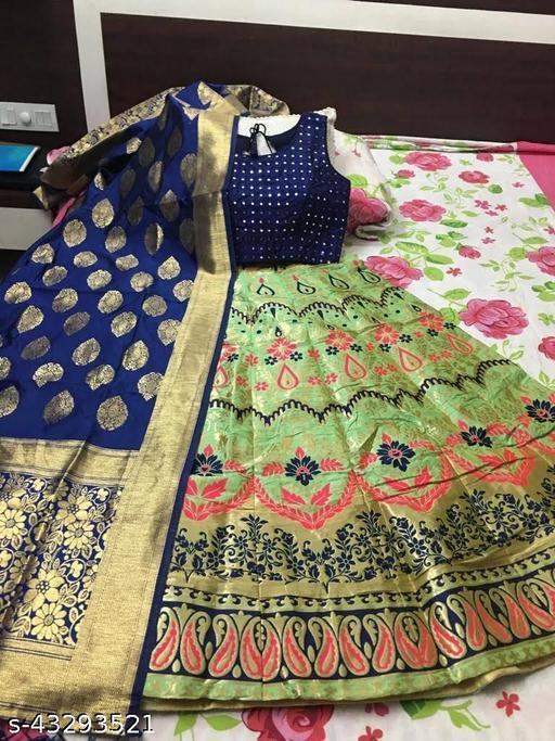 Aakarsha Fabulous Women Lehenga