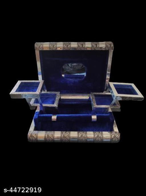 Designer jewellery box