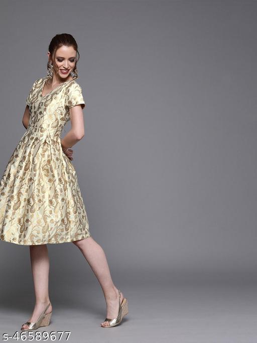 Off White Box Pleated Jacquard Dress