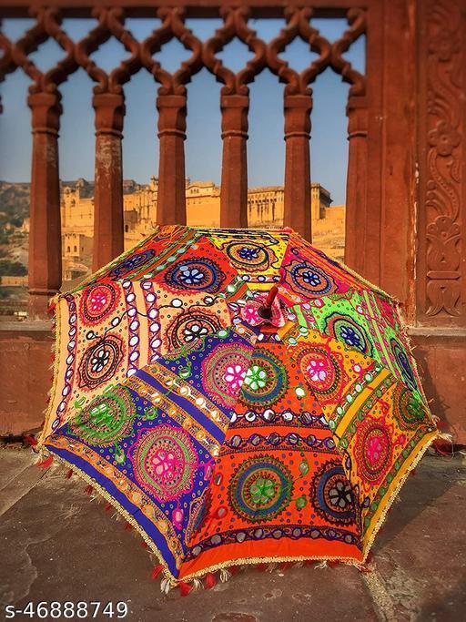 Fashionable Trendy Women Umbrellas