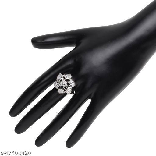 Womens Alluring Silver Flower Designer Adjustable AD Ring (Silver)