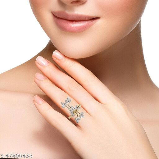 Womens Charming Golden Flower AD Ring (Gold)