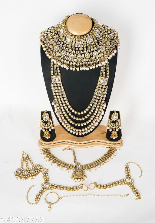 Tanisha Ethnic Indian Traditional Gold Plated Kundan Dulhan Bridal Jewellery Set with Choker Earrings Maang Tikka Hathphool for Women