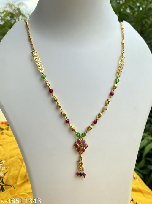 Sizzling Fancy Women Necklaces & Chains
