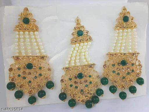 Twinkling Charming Women jewellery set