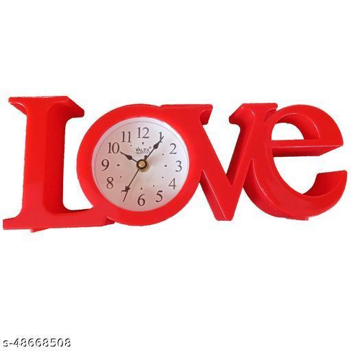 Beautiful Love Clock With New Creativity