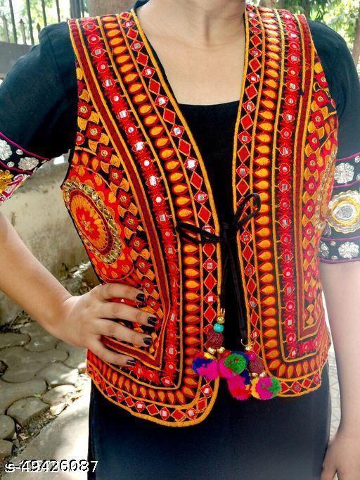 Aagyeyi Graceful Women Ethnic Jackets