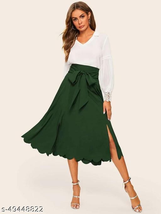 Scallop Trim M-Split Belted Skirt