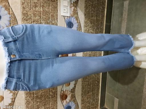 Stylish Ravishing Women Jeans