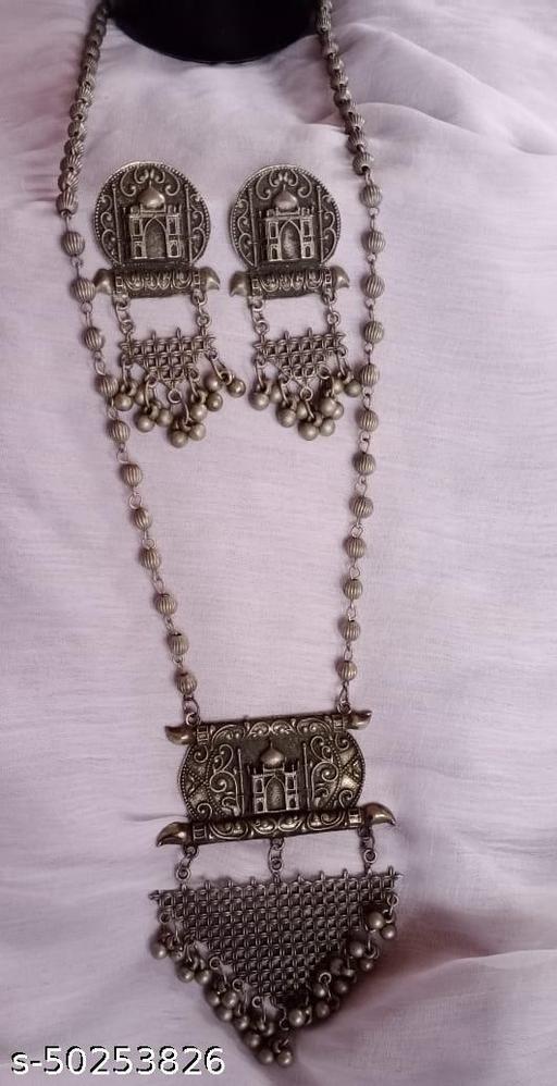 Allure Glittering Women Jewellery Set