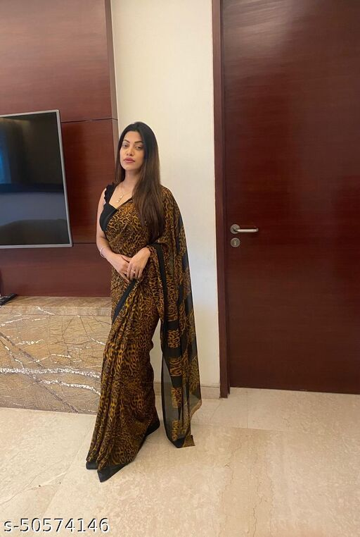 Pretty Georgette Saree with Blouse Piece