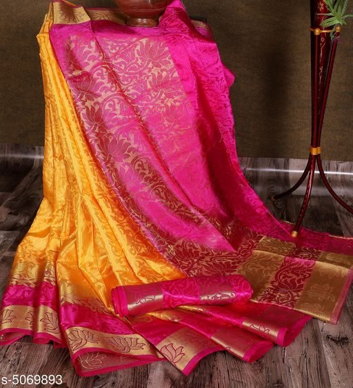 Attractive Women's Sana Silk Saree