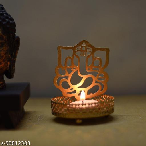 Graceful Diwali Diya