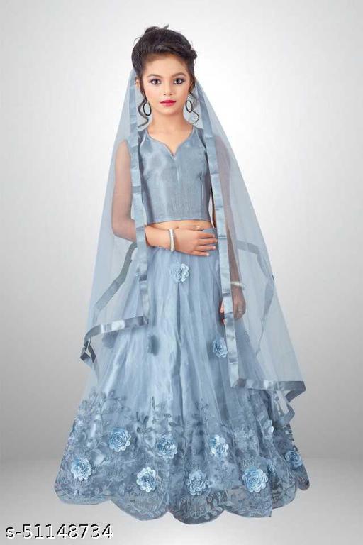 girl's fancy lehenga choli