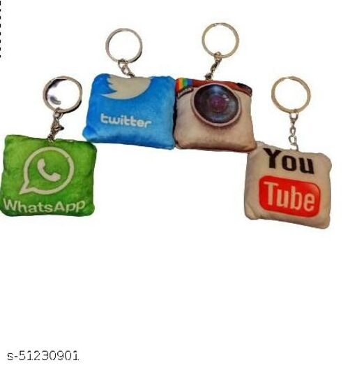 Fanminita Social Media Instagram,Youtube Whatsapp,Twitter Keychain Pack Of 4 (Multi Design)