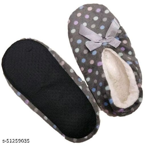 Casual Trendy Women Slipper  Socks