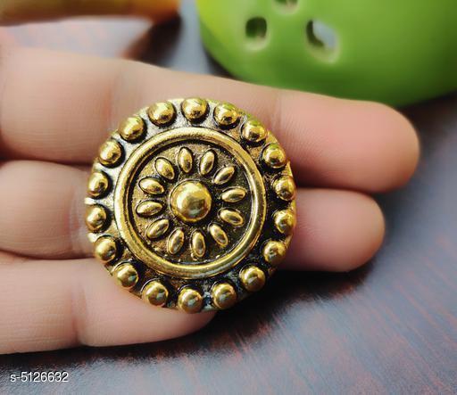 Stylish Women's Ring