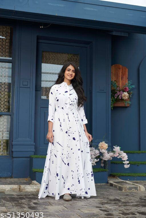 stoffviilla Womwn Fit and Flared Stylish Western Maxi Gown