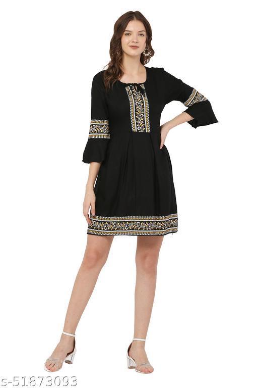 Trendy Black Color Midi Dress