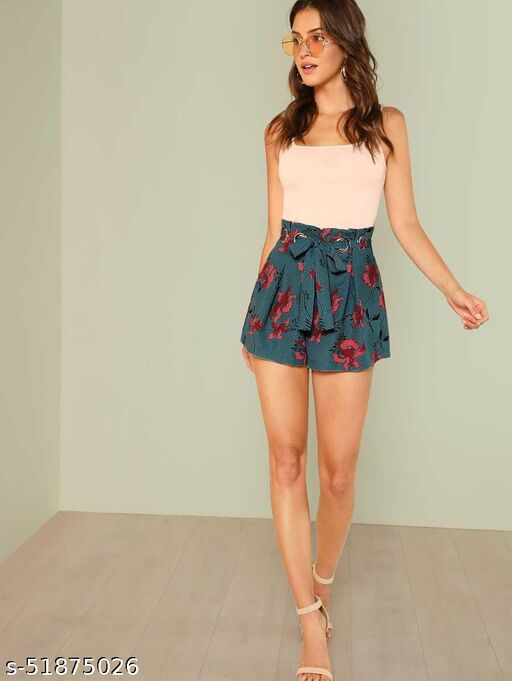 Boxed Pleated O-Ring Belted Paperbag Shorts