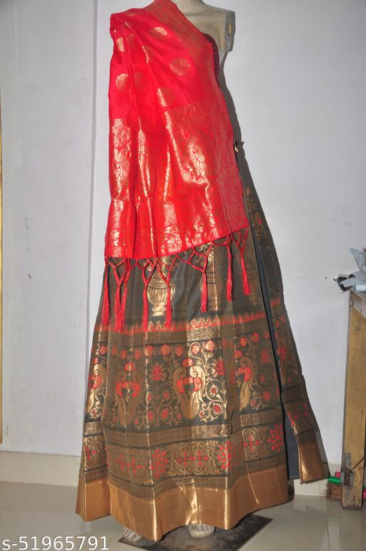 Chanderi Silk Designer Zari Work Banarasi Lehanga With Blouse & Chunnui