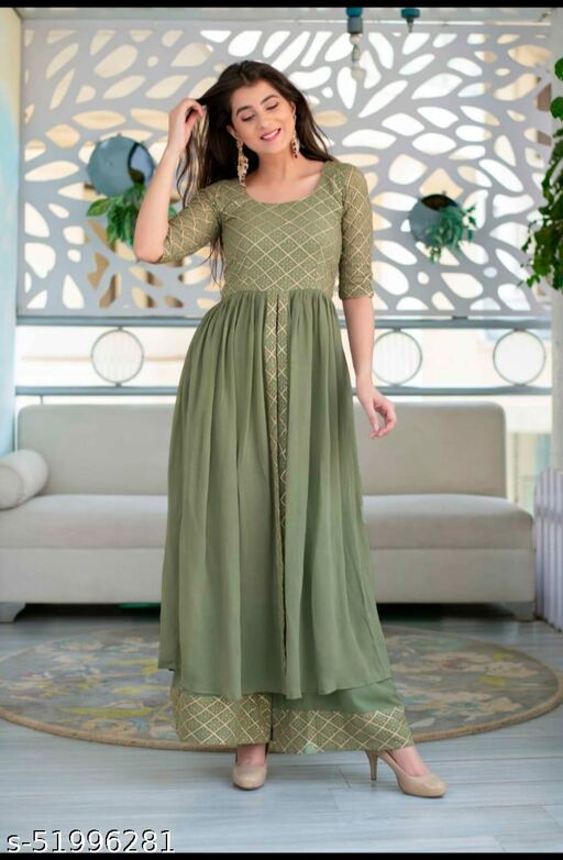 Green Desingner gown with plazza