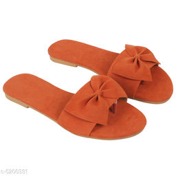 Trendy Women's Brown Flats