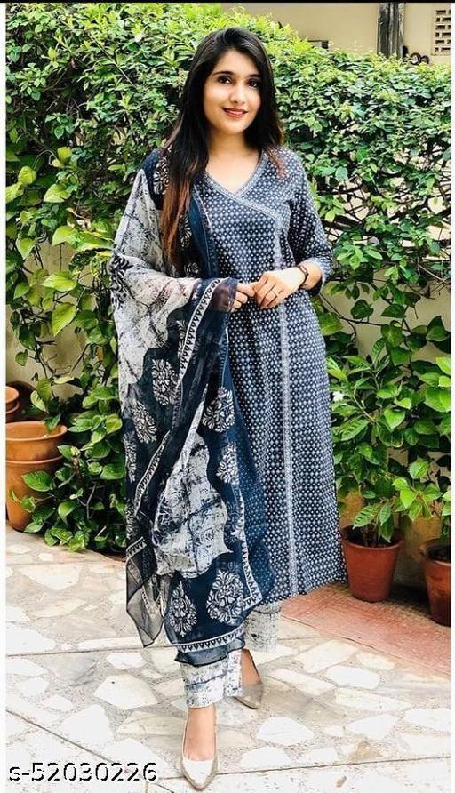 Abhisarika Voguish Women Dupatta Sets