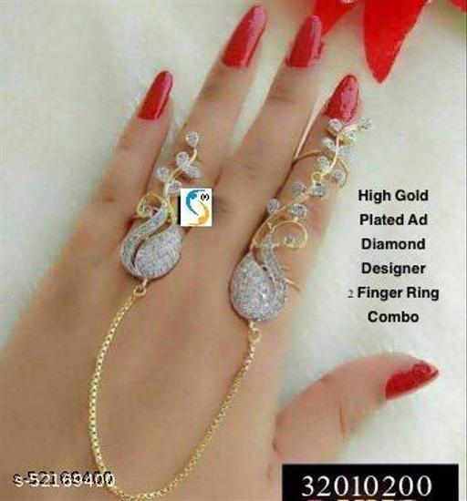 New design premium quality high gold plated ad diamond designer 2 finger ring set.