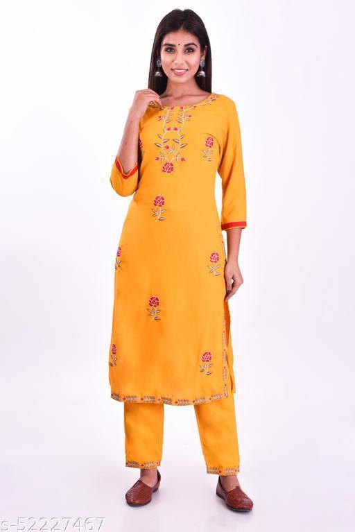 Women rose embroidery kurti pant set
