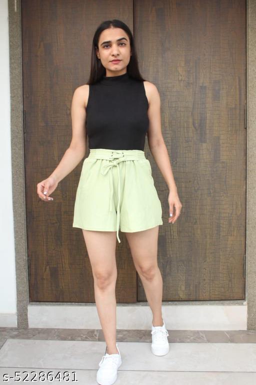 Elegant Fashionista Women Shorts