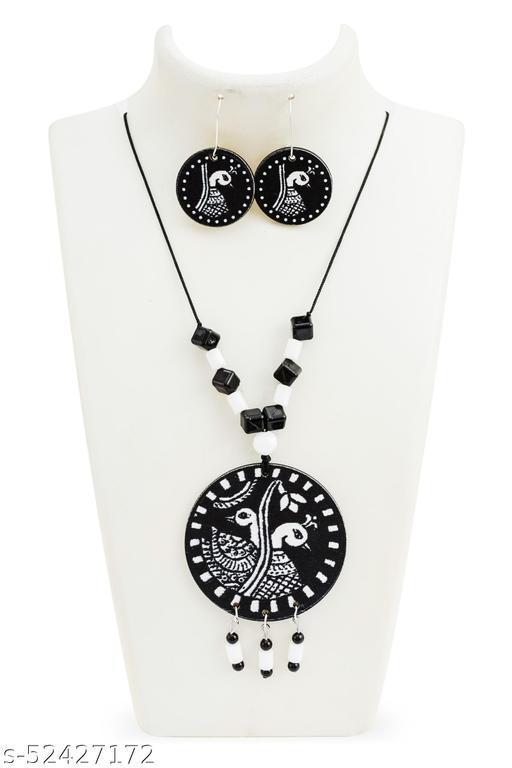 Elite Graceful Women Necklaces & Chains