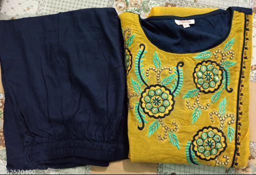 Charvi Refined Women Kurta Sets