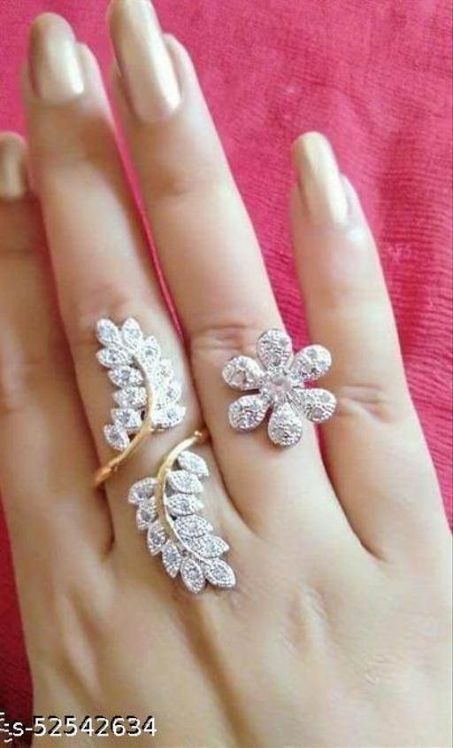 Voguish Finger Rings