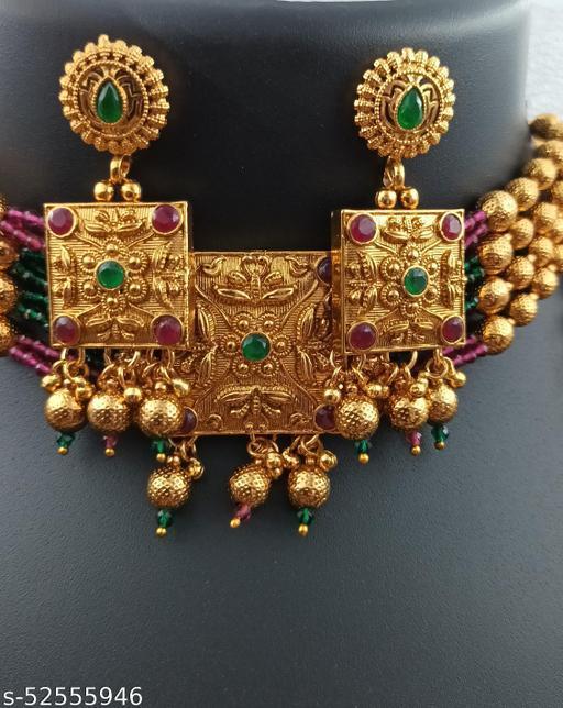 Shimmering Bejeweled Women Jewellery Sets