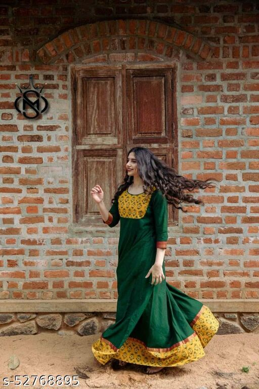 Demanding Green Colored Party wear Jacquard Silk border Long Gown