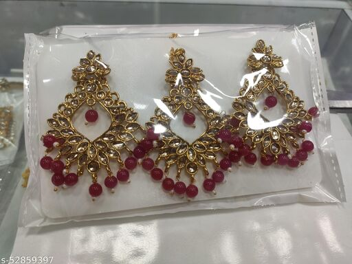 Sizzling Bejeweled Maangtika