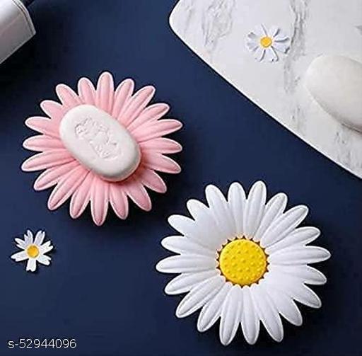 Flower Shape Soap Holder Dish for Home and Hotel Bathroom Use Plastic Mix Daisy Flower Shape Soap Holder Dish Random Color(1-PCS)