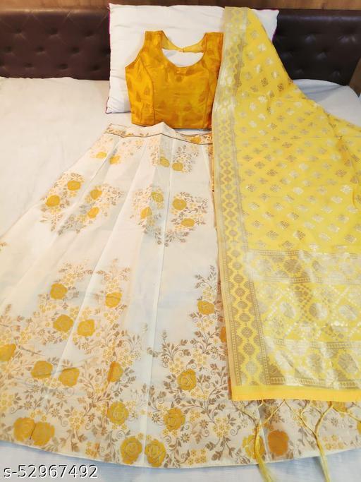 Shangreela Banarasi brocade Lehnga with inner cancan & canvas and ready paded Blouse and Banarasi duppta