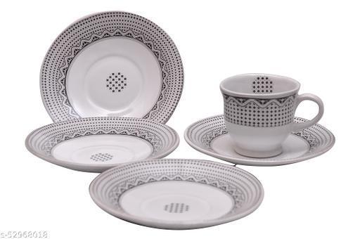 Tea Cup and Saucers Set