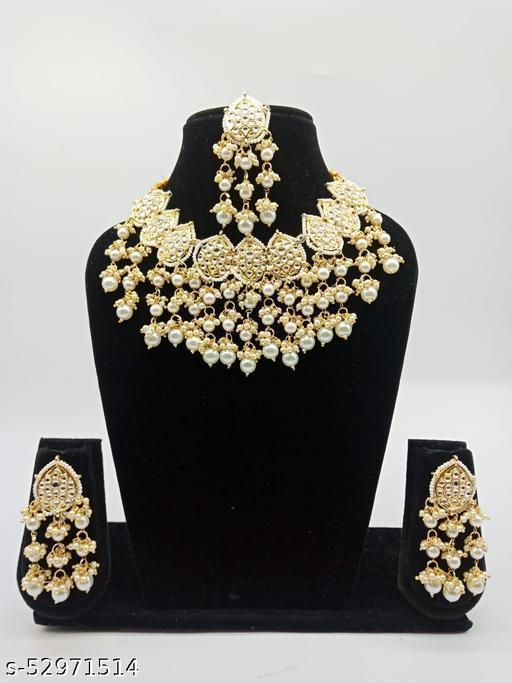 DESIGNER DANGLER Jewellery Set