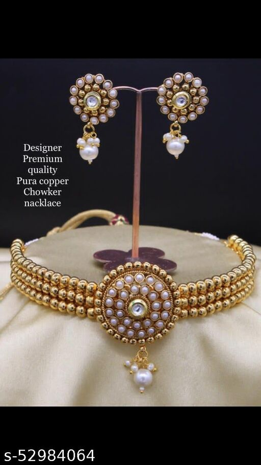 Pari Elegant Jewellery Sets