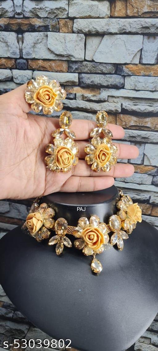 statement Jewellery Set